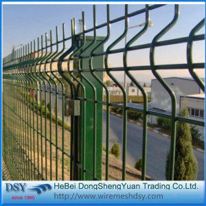 High strength bending garden fence
