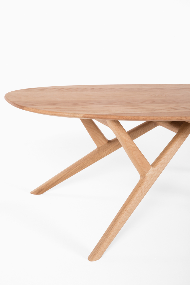 High Quality Wooden Furniture Tables