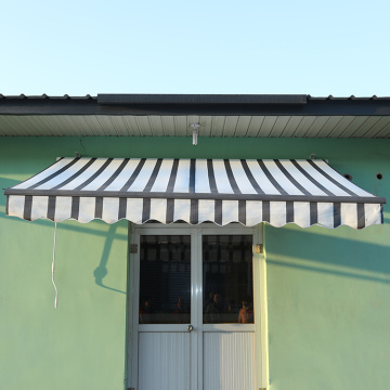 Patio used and manual retractable awning