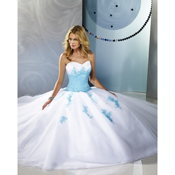 Ball Gown Sweetheart Strapless Yarn Floor-length Beading Ruffled Wedding Dress