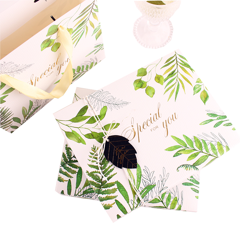 Green leaf pattern food box packaging design