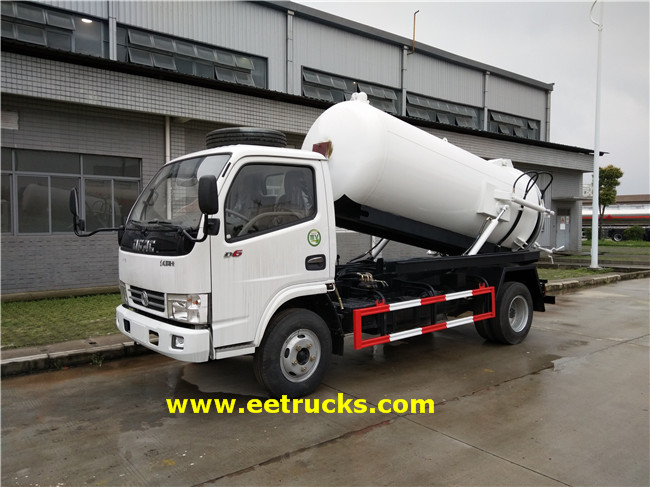 7000 Litres Waste Suction Trucks