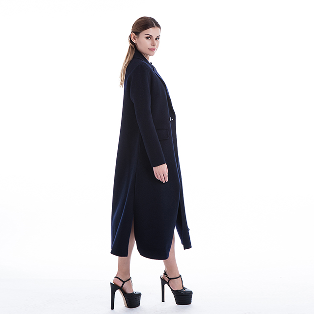 Pure winter cashmere overcoat