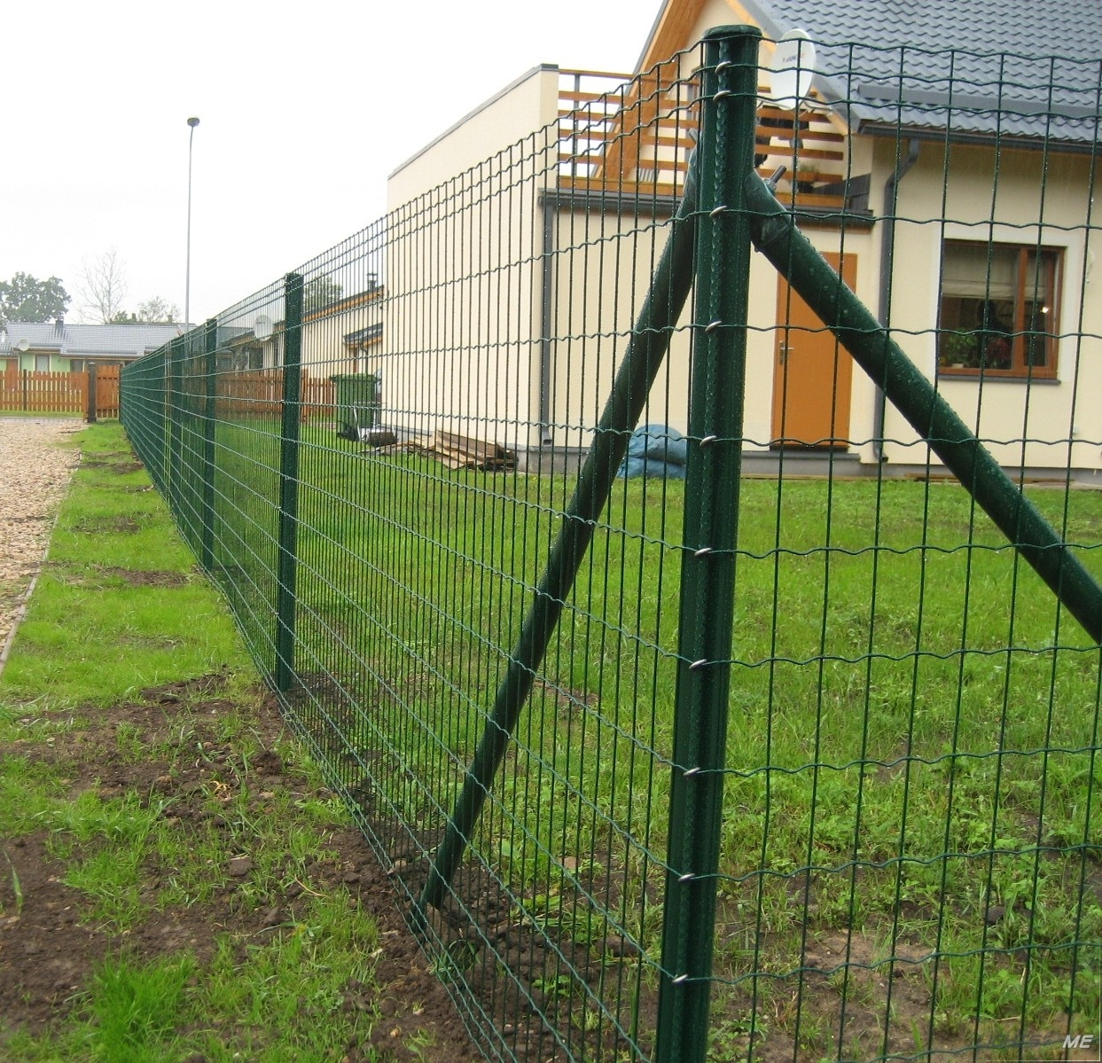 High Quality Low Carbon Steel Wire Euro Fence China