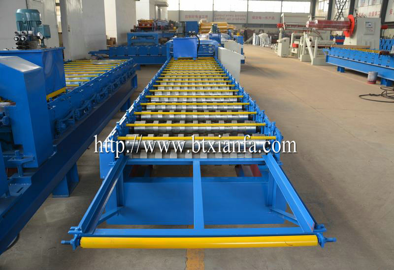Corrugated Panel forming machine