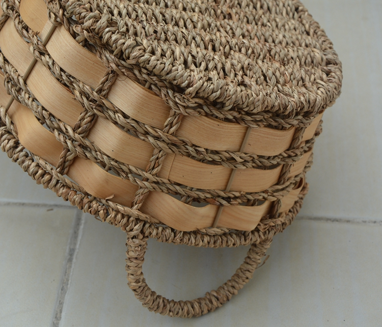 weaving basket with handle