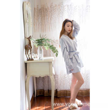 Grey print flannel short robe