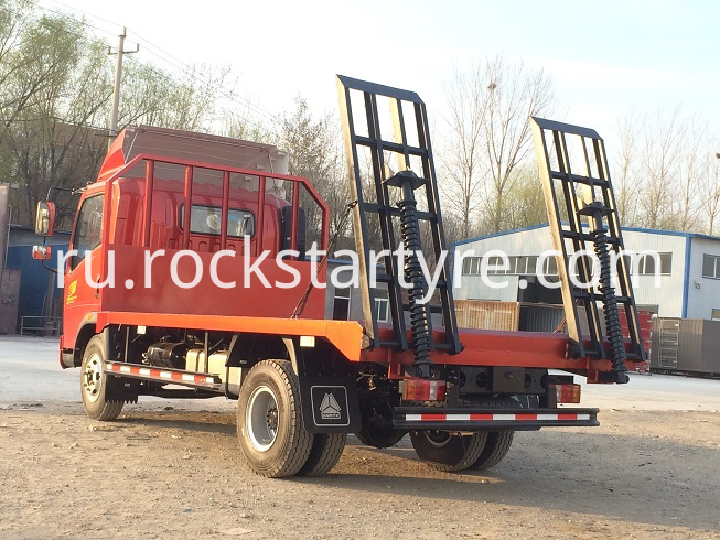 4x2 Light Flat Bed Truck