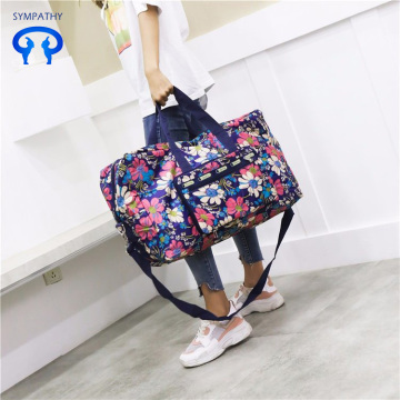 Foldable travel bag with large capacity for women