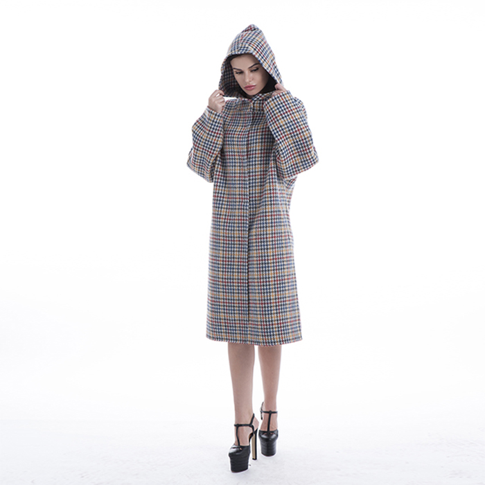 Colored cashmere cashmere winter dress with hat