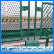 Coated Expanded Metal Mesh Fence