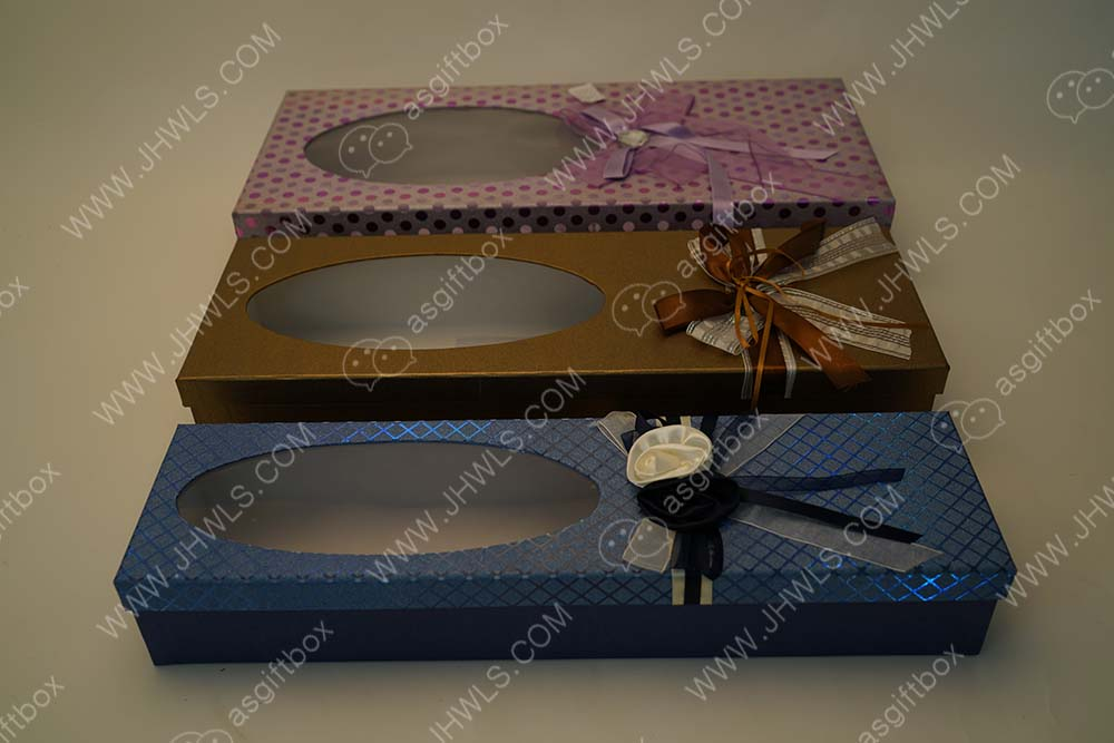 A Handmade Rectangular Half-hollow Gift Box