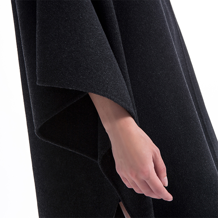Loose fashionable cashmere overcoat