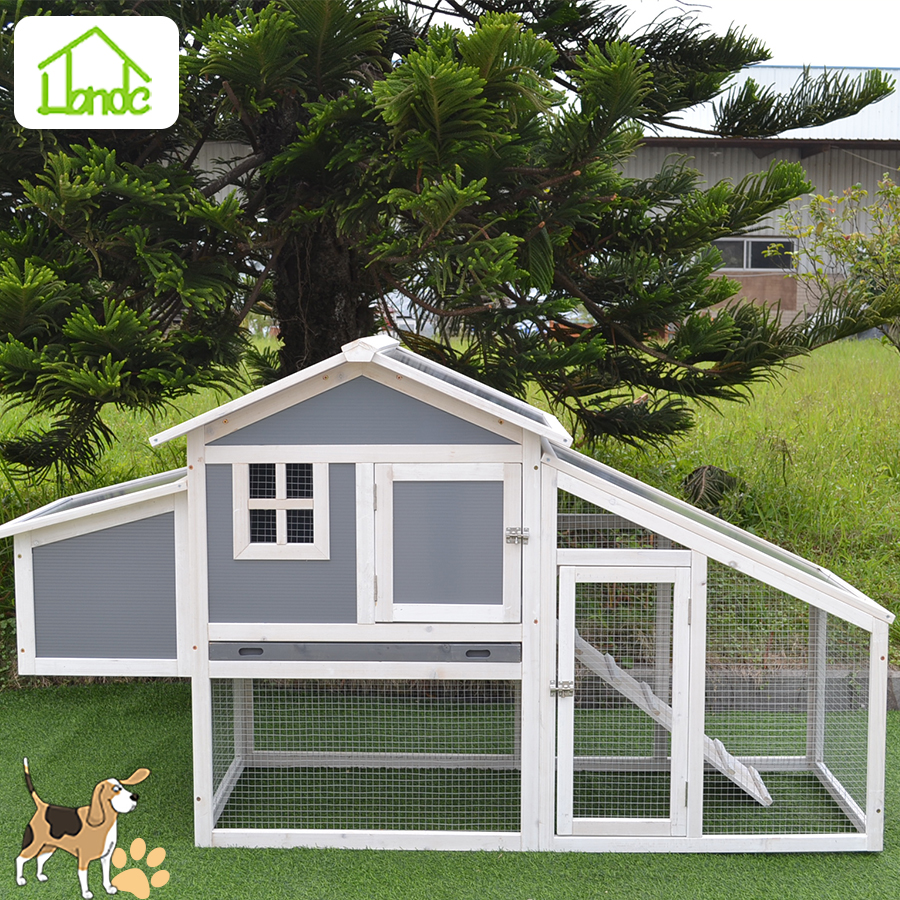 Durable backyard wooden chicken coop for sale