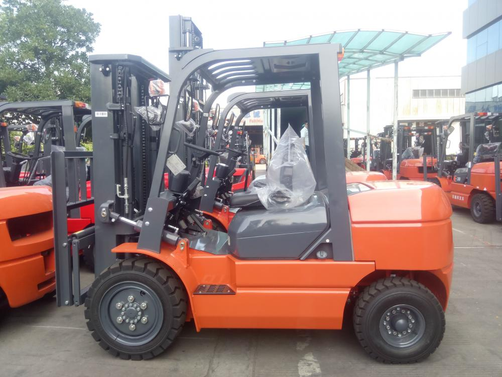 Counterbalanced Forklift Truck