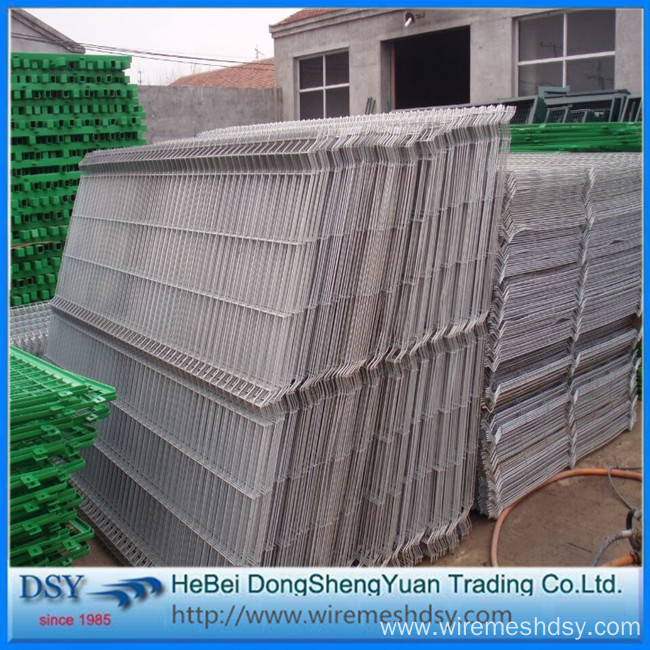 Triangular Bending 3D Welded Wire Mesh Fence