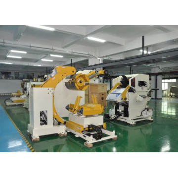 Metal sheet coil feeding line