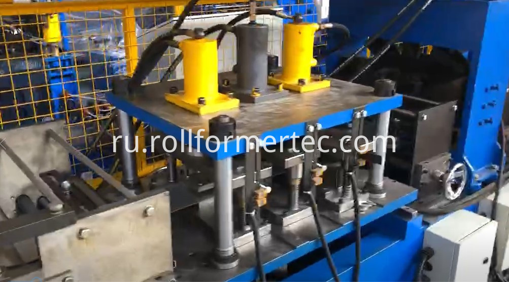 Automatic changing size C purlin steel framing machine 2