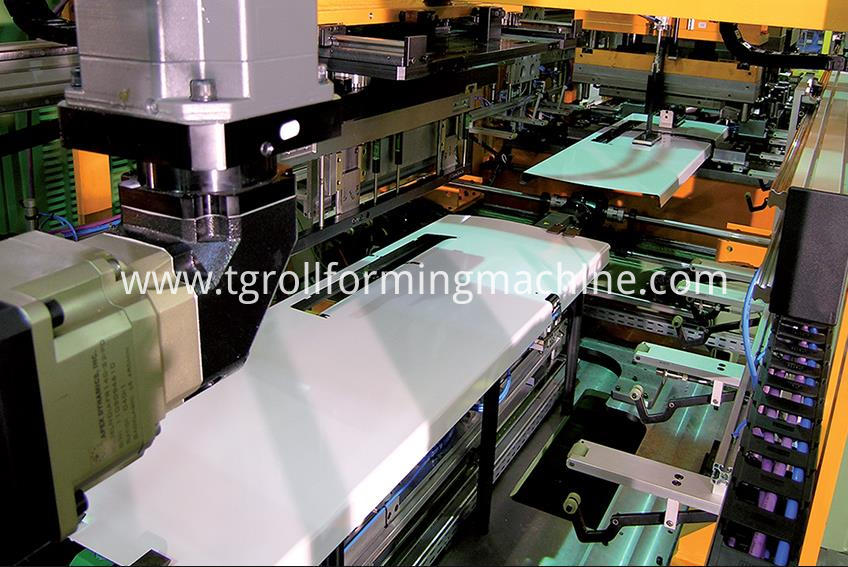 FRefrigerator Door Panel Roll Forming Machine