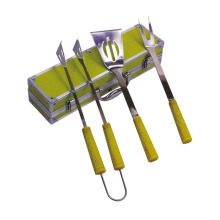 Best quality and factory for Wooden Handle Bbq Tools Set 3pcs BBQ set with TPR handle export to Spain Manufacturer