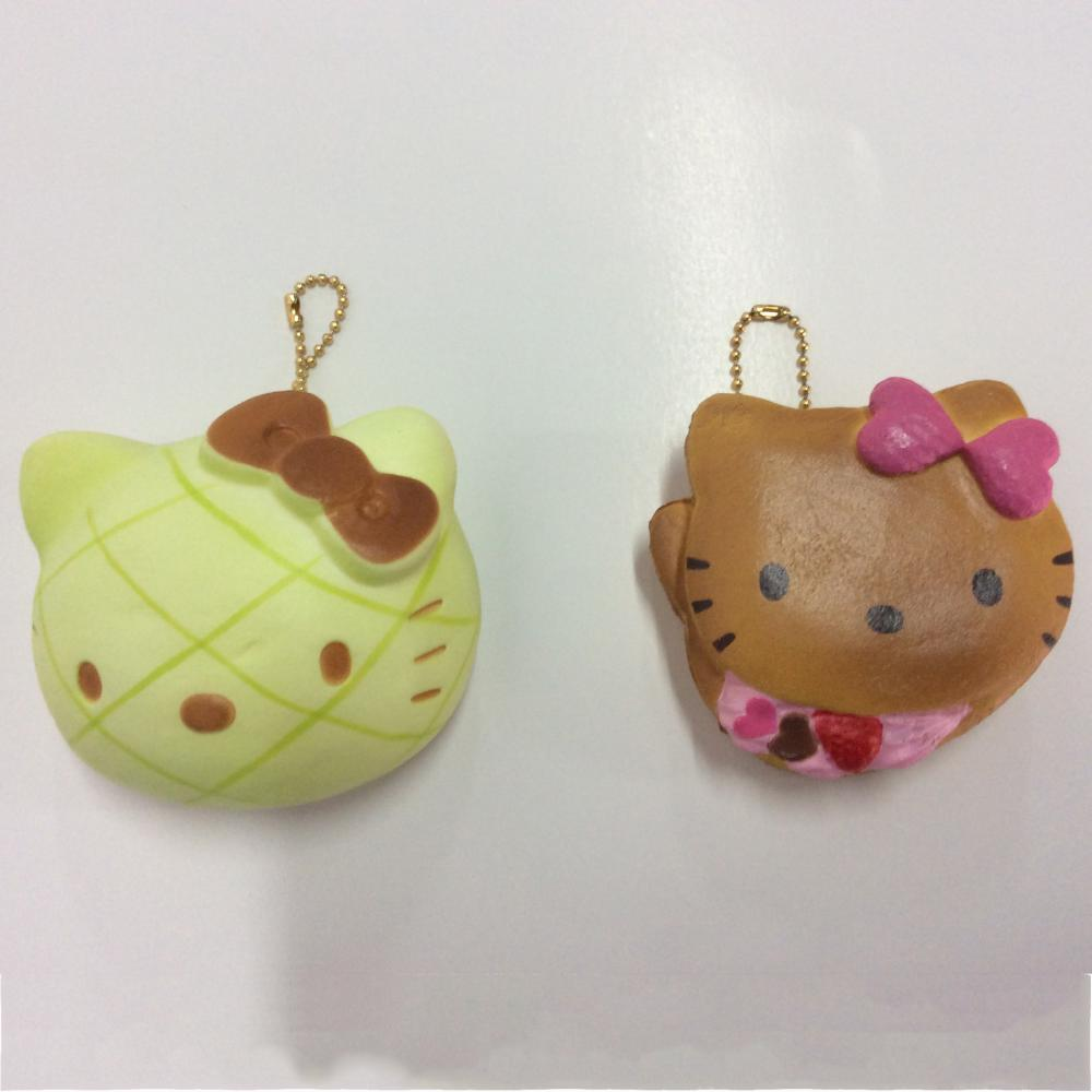 plastic cartoon pendant toy
