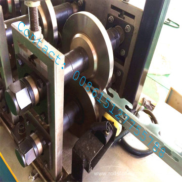 Cassette keel cold forming machine