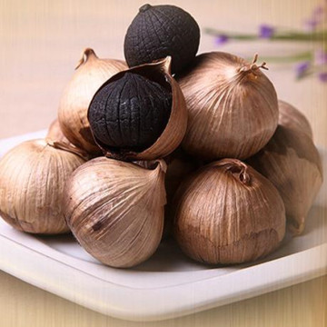 Chinese Organic whole (Multi bulb)Black garlic