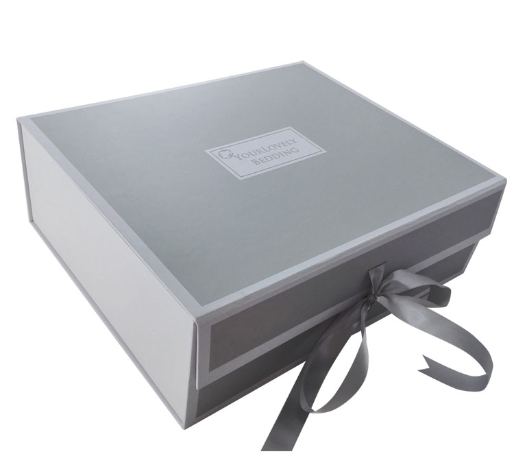 Luxury Rigid Custom Silver Gift Box