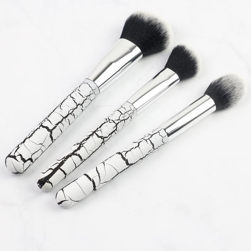 makeup brush set wooden
