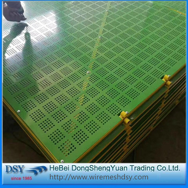 Safety mesh for building green scaffolding