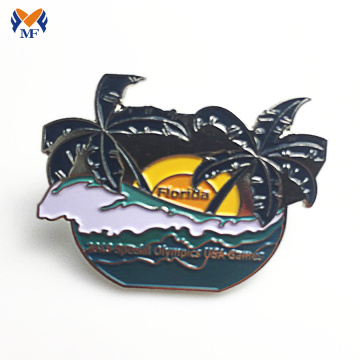 Wholesale Enamel pin badge Custom