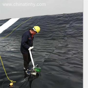 PVC Geomembrane Embedded With High Quality Features