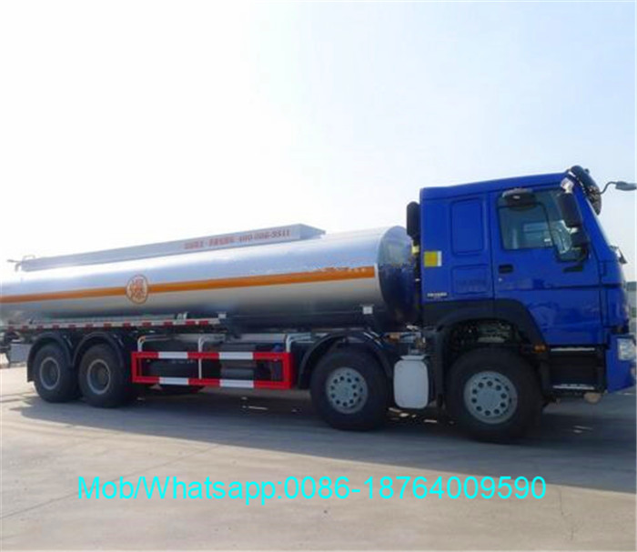 HOWO 8x4 30000L Refueling Truck With Oil Pump