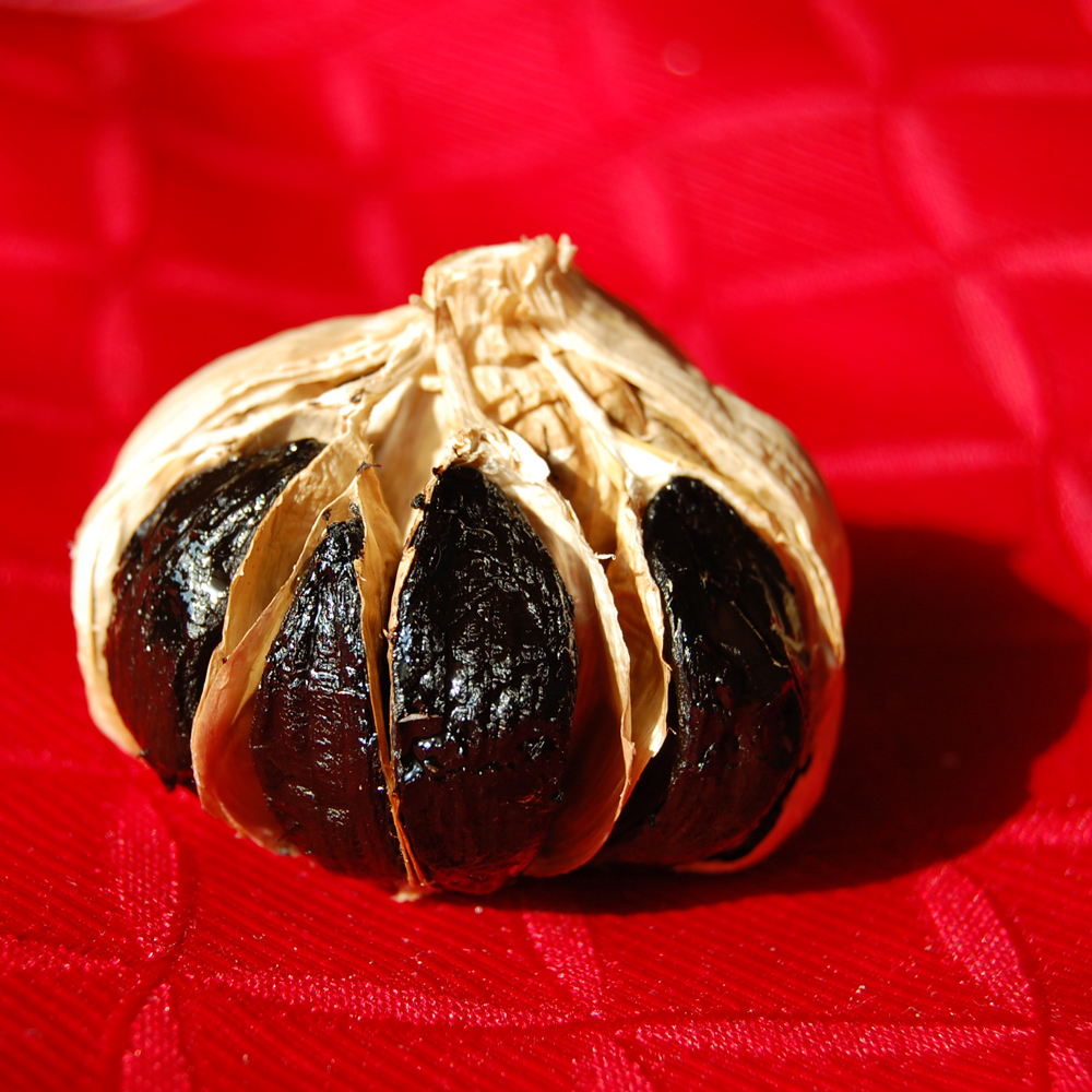 Whole Black Garlic 117