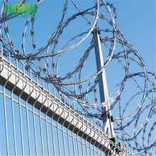 Razor barbed wire fence anti-theft barbed wire mesh