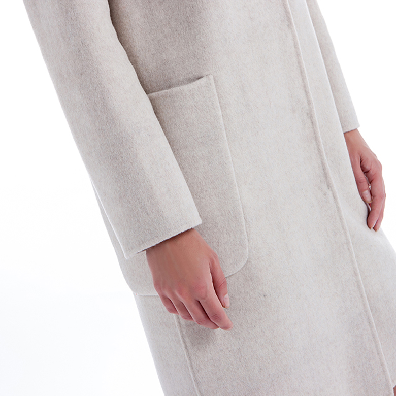 The Side of White Cashmere Wool Winter Clothing