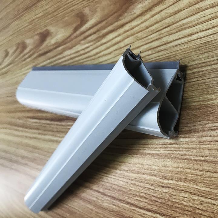 Circular arc PVC glazing bead 3.jpg