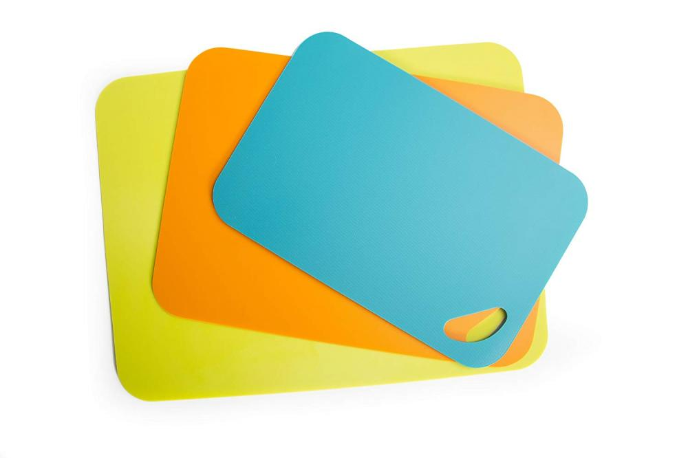 2PCS Extra Thick Plastic Flexible Cutting Board Set
