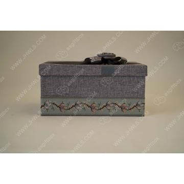 Customized linen ribbon storage box