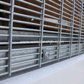 Hot-dip Galvanized 358 Wire Mesh Fence
