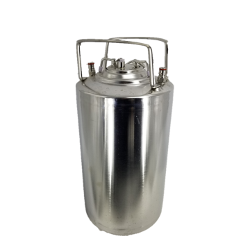 Stainless steel beer can ball lock