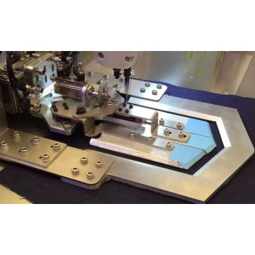 Automatic Back Pocket Pattern Sewing Machine