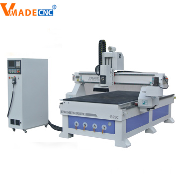Auto Tools Change Wood Engraving Machine
