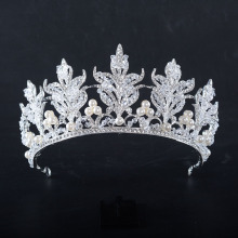China Factories for Hair Accessories for Weddings Flower type pearl crown for queen supply to Czech Republic Factory