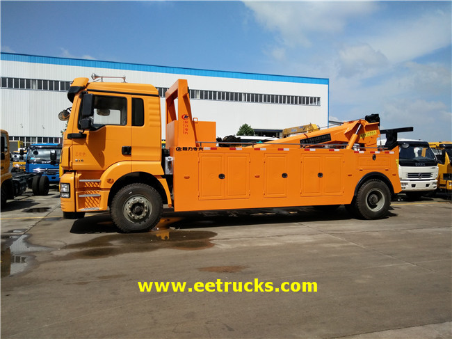 SHACMAN Light Duty Truck Cranes
