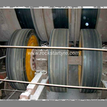 Solid Tires for Sintering Machine 14.00-20 R706