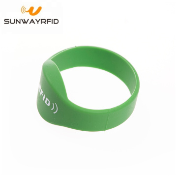 NT213 Closed Type Oval Head rfid Wristband Price