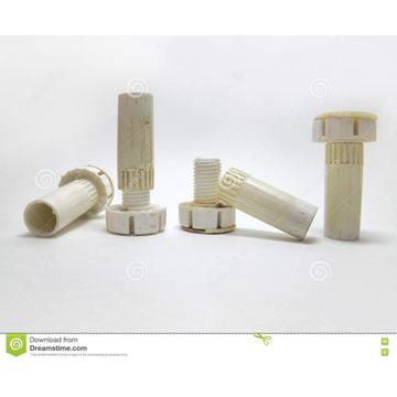 Plastic adjustable legs for furnitur