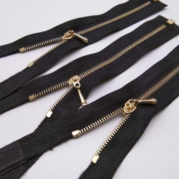 Wholesae metal zipper made of brass