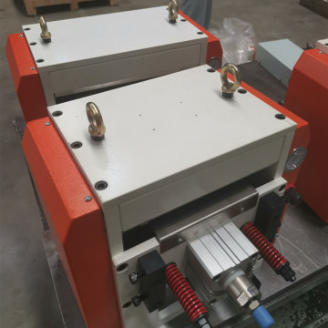 Servo Roll Feeders